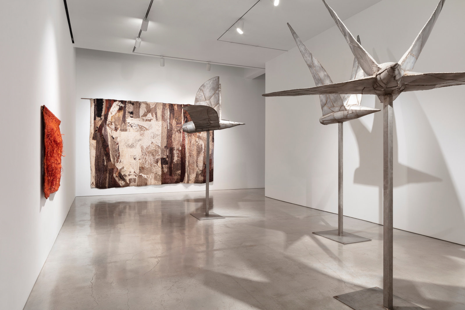 Installation view 3 by magdalena abakanowicz and anselm kiefer marlborough new york