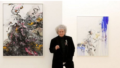 Maggi Hambling photographed for the BBC
